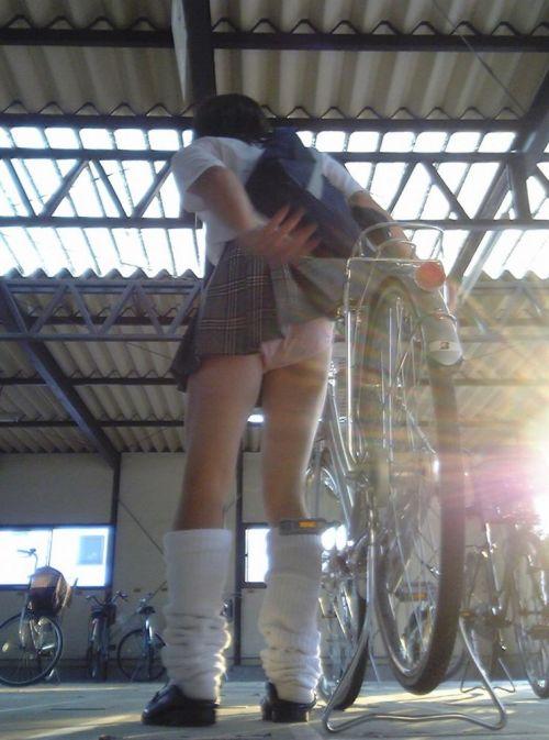 【三次画像あり】 JK自転車パンチラ女子高生集めたから貼ってくよ~♪ 54枚 part.14 No.53