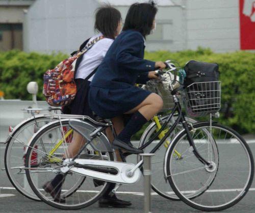 【三次画像あり】 JKがミニスカで自転車に乗ってる姿を後ろから眺めるの幸せすぎ♪ 56枚 part.13 No.30