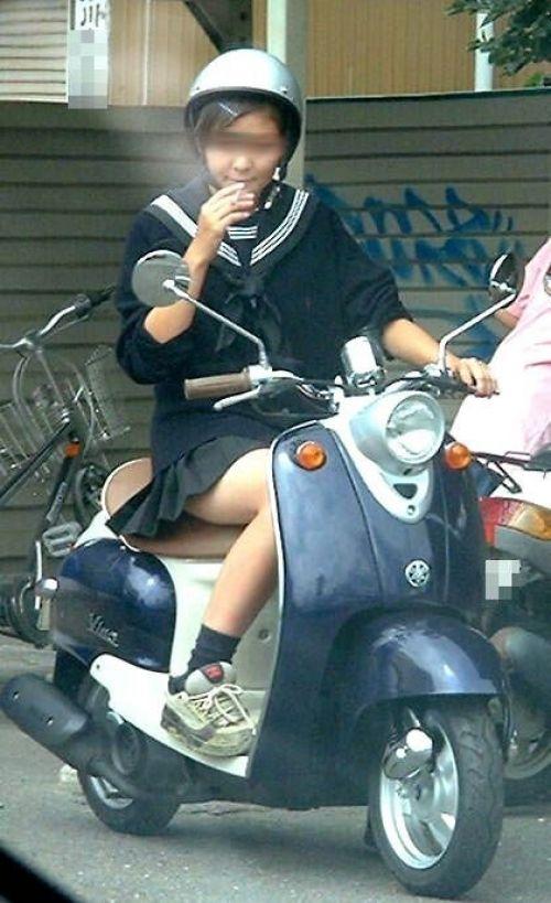 【三次画像あり】 JKがミニスカで自転車に乗ってる姿を後ろから眺めるの幸せすぎ♪ 56枚 part.13 No.32