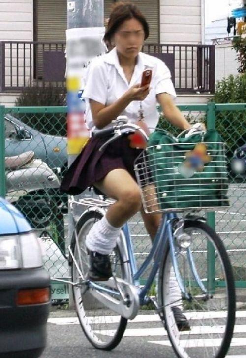 【三次画像あり】 JKがミニスカで自転車に乗ってる姿を後ろから眺めるの幸せすぎ♪ 56枚 part.13 No.36