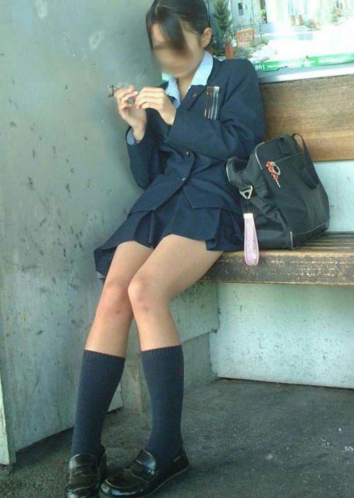 ミニスカートのJKの太ももを街撮り盗撮したエロ画像でウォームングアップしようぜ! 53枚 part.28 No.29