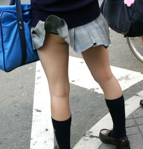 【三次】 女子校生のパンチラ・ミニスカ・生足エロ画像を貼ってくスレ! 24枚 part.8 No.10