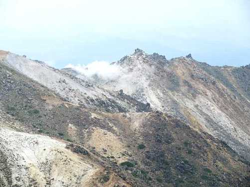 IMG_0284 硫黄山の噴煙です
