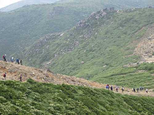 IMG_0285 下山する登山者