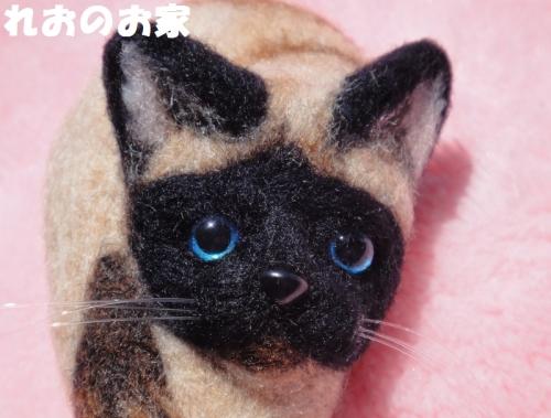 シャム猫ブローチ4