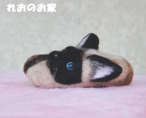 シャム猫ブローチ2