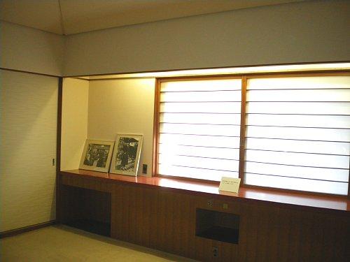 吉屋信子邸・寝室2