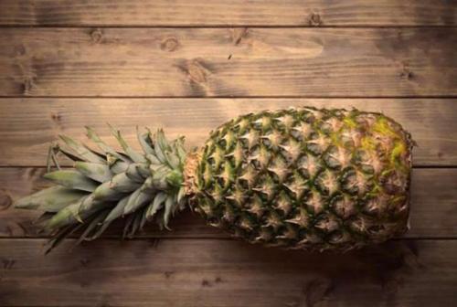 01 pineapple