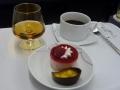 デザートとコーヒートコニャックタイ航空