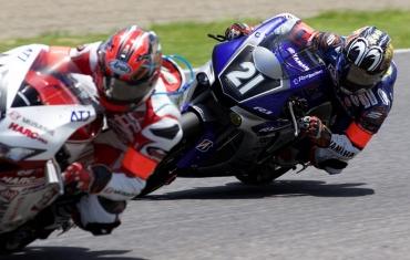 """YZF‐R1M「#21 YAMAHA FACTORY RACING TEAM」""""コカ・コーラ ゼロ""""鈴鹿8時間耐久ロードレース 第38回大会 三重県・鈴鹿サーキット 中須賀克行、ポル・エスパルガロ、ブラッドリー・スミス 、MotoGPライダー MuSASHi RT HARC-PRO ホンダ・CBR1000RRW高橋巧"""