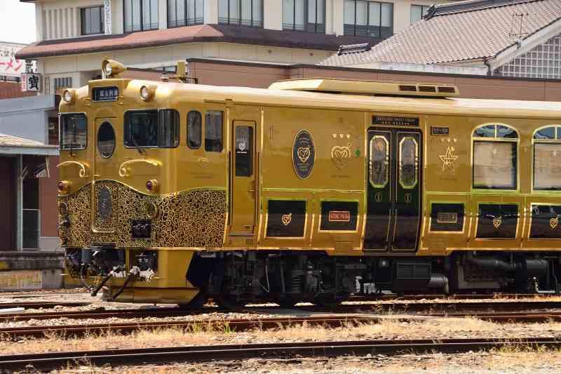 或る列車 (1)