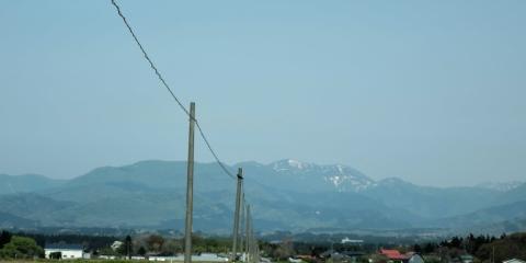東雲大地からの白神山地201557
