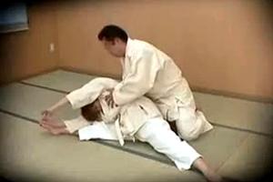 柔道師範 生徒で性欲満たす