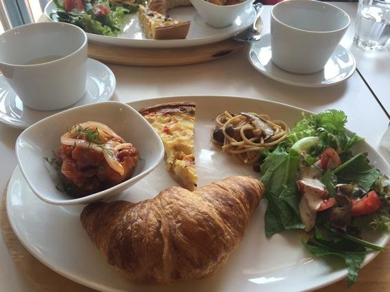 sakura_lunch.jpg