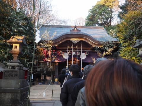 h27,1氷川神社拝殿