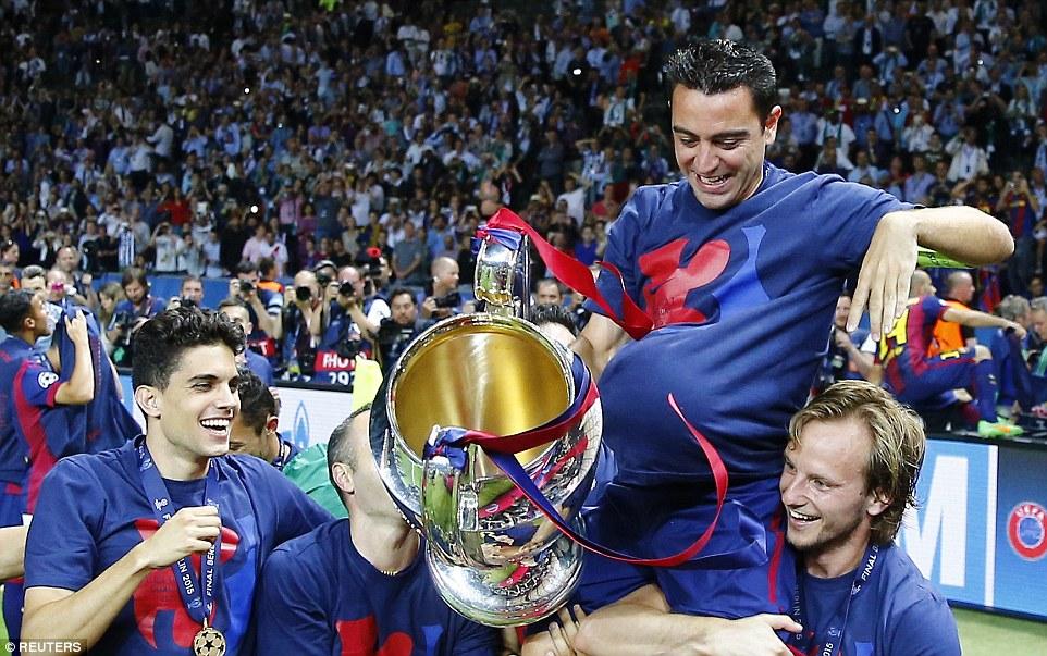 Xavi say farewell to Barcelona