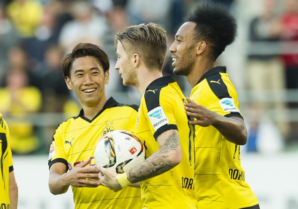 2-0 - @Aubameyang7 and @woodyinho strike to down