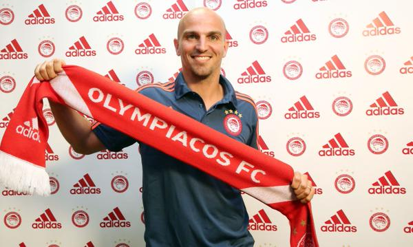 Cambiasso joins Olympiacos