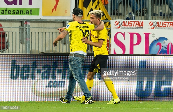 kevin-kampl-of-borussia-dortmund-deals-with.jpg