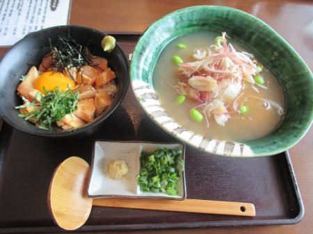 吉野葛冷やしあんかけUDON&朝引き鶏のユッケ丼セット