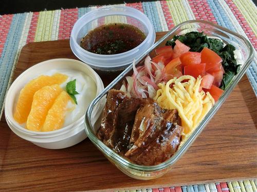 モロヘイヤとサンマ蒲焼缶の素麺弁当01
