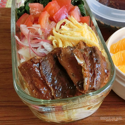 モロヘイヤとサンマ蒲焼缶の素麺弁当02