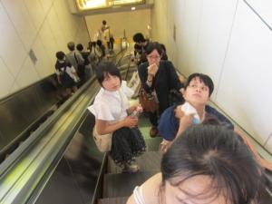 東京のエスカレーター