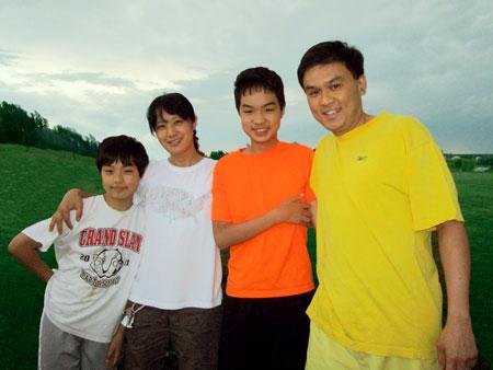 familyphoto1502.jpg