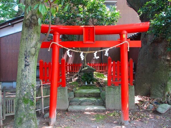 猿丸神社4