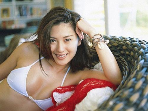 【矢吹春奈】ブラ下着からの美乳おっぱい大好きwwwハミ乳キャミソール動画
