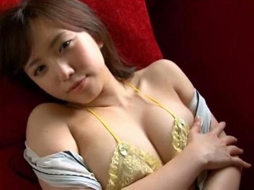 浅倉結希 美女がミニスカ履いてまんぐり返し