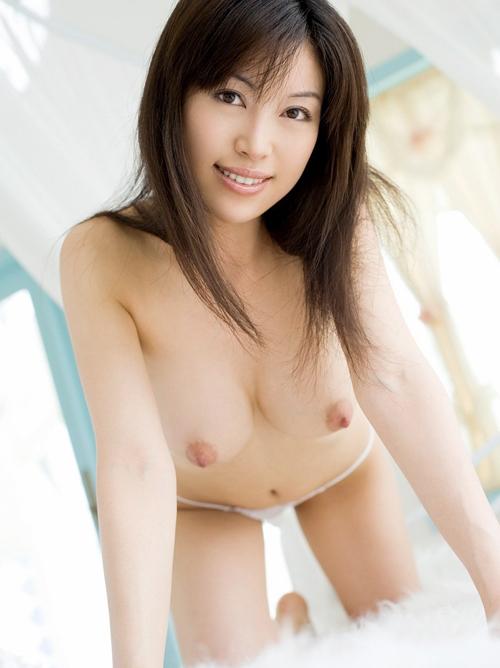 長瀬茜 現役のキャビンアテンダントAV女優画像