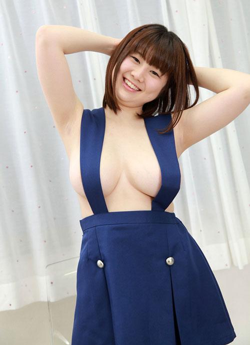 桃乃誉ぽちゃドルの爆乳おっぱい2