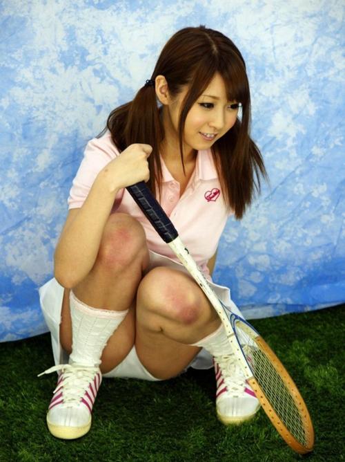 テニスウェアきた健康的な女の子とエッチがしたくなるちょいエロ画像まとめwwww