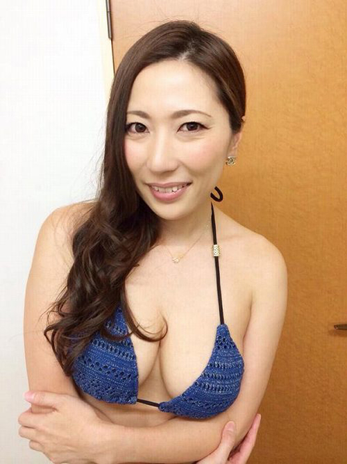 横山みれい アラサーで美熟女感漂うセクシーHカップ巨乳おっぱい画像