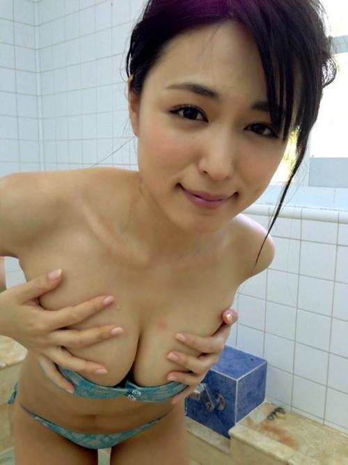 【川村ゆきえ】プルプル巨乳おっぱい水着グラビア画像ビキニ縛乳動画