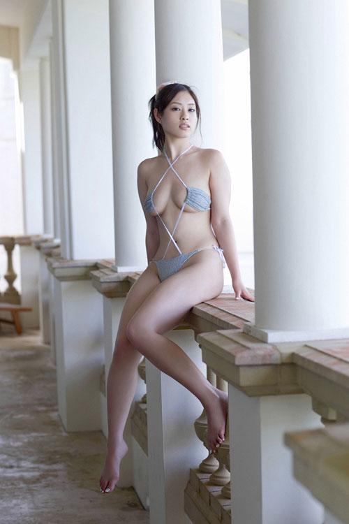 野田彩加のハイレグ濡彩おっぱい42