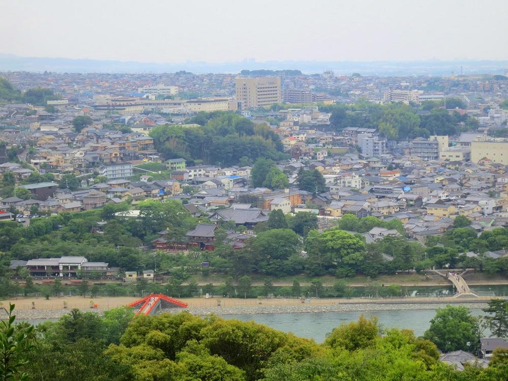 昼の大吉山