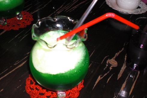 金魚カフェ クリームソーダ