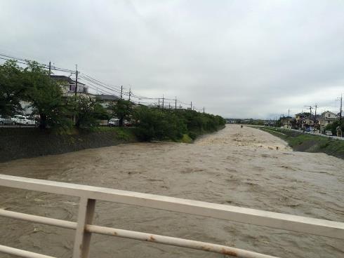 4)氾濫の恐怖