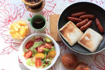 鳥取砂丘キャンプ朝食1