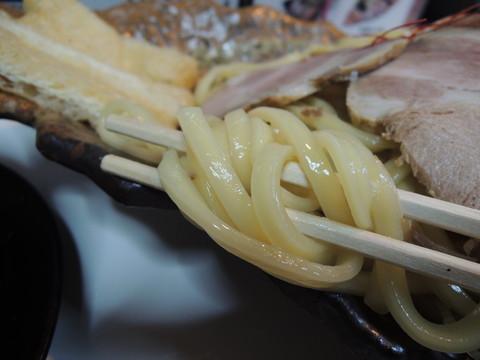 特製夢人つけ麺の麺