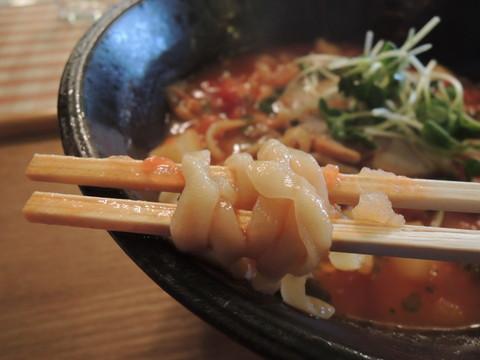 クラムチャウダー(AKA)の麺