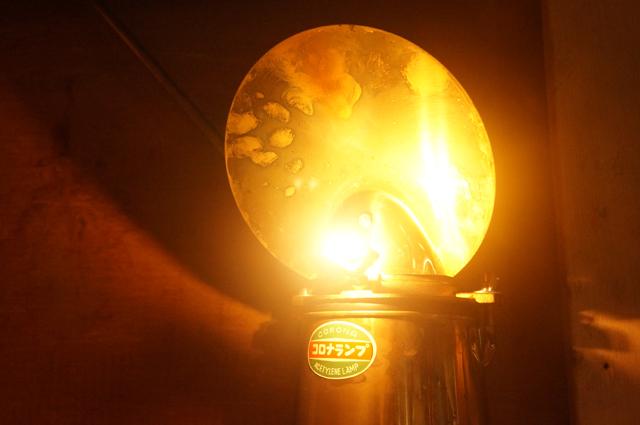 灯るランプ