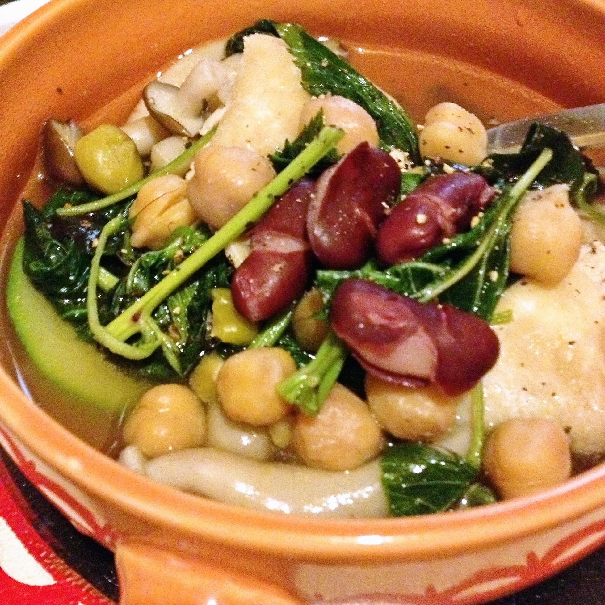 鶏とハンダマと豆のスープ