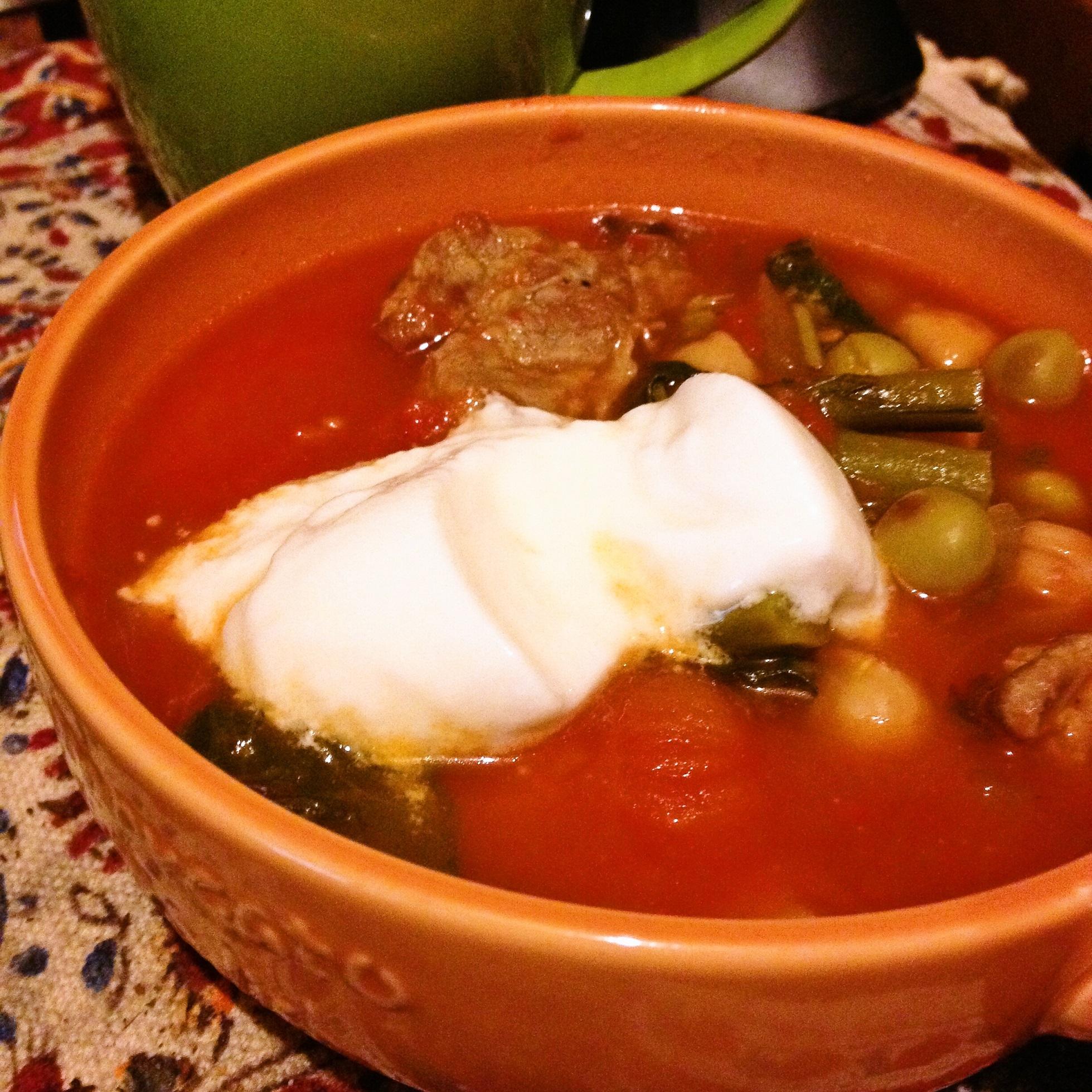ラム肉と豆のトマトスープ