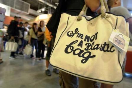81I Am Not a Plastic Bag