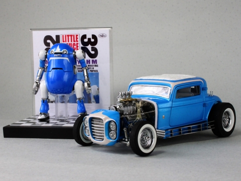 Little Deuce Wego with Little Deuce Coupe