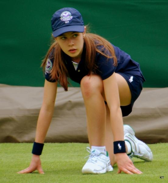 Wimbledon_ballgirl_(9270629917).jpg