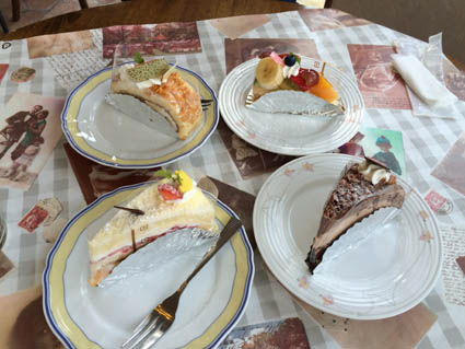 佐野のケーキ屋にて